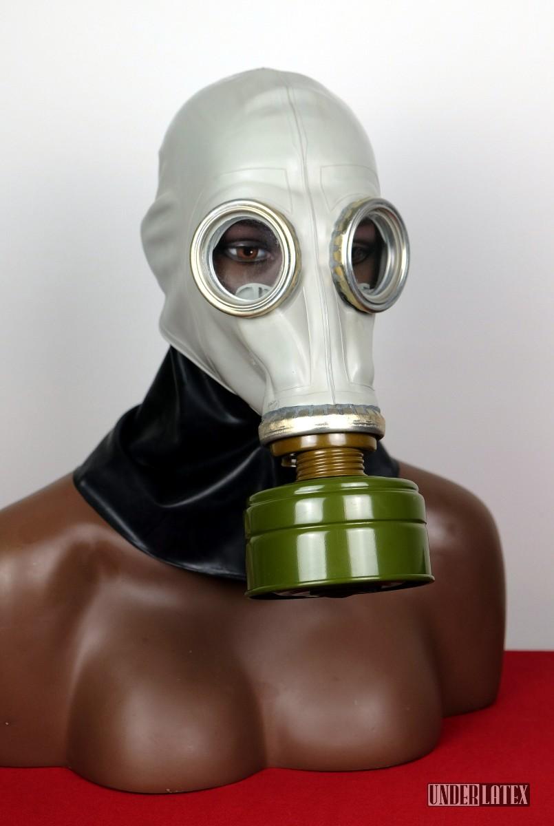 russische schwarze Latex Gasmaske GP-5 in grau Ganzkopf