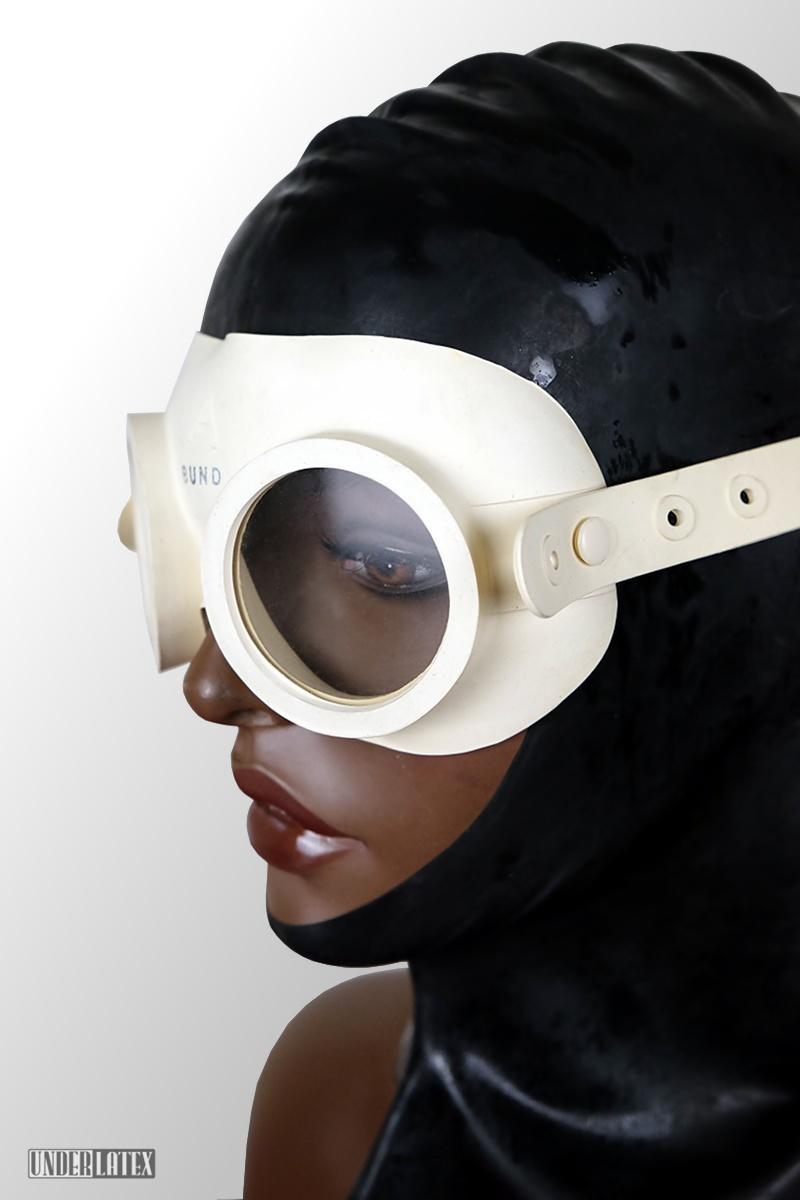 Gasschutzbrille Auer weiß deutscher Zivilschutz aus Gummi
