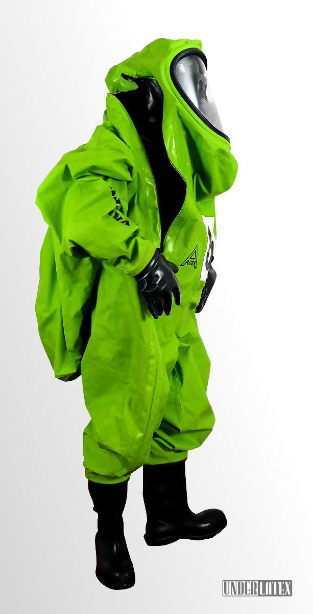 Auer CSA Schutzanzug Vautex SL grün voll angezogen Zipper halboffen